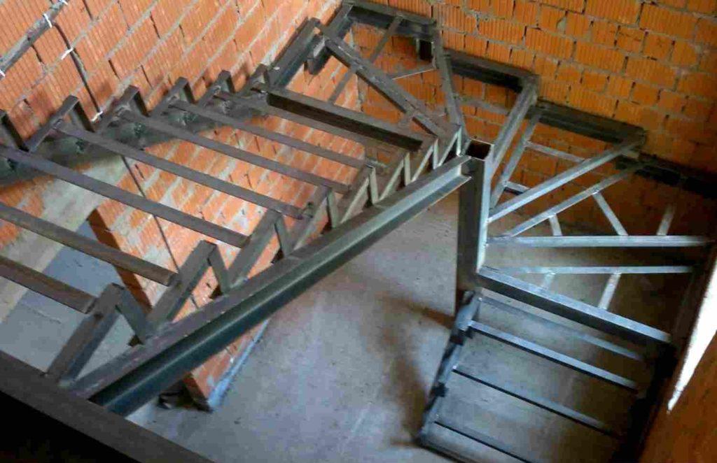 Лестницы своими руками металлическая